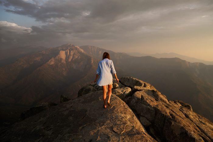 Scala le montagne, supera le paure, non farti fermare dalle tue abitudini e dalla zona di comfort